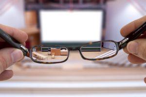 Augenlasern im Alter bei schlechter Sicht