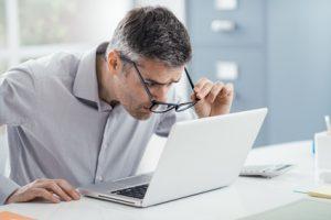 Hyperopie - Probleme beim arbeiten am Laptop
